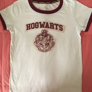 Hog warts t shirt